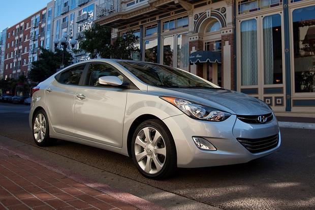 Used Hyundai Elantra Review >> 2012 Hyundai Elantra Used Car Review Autotrader