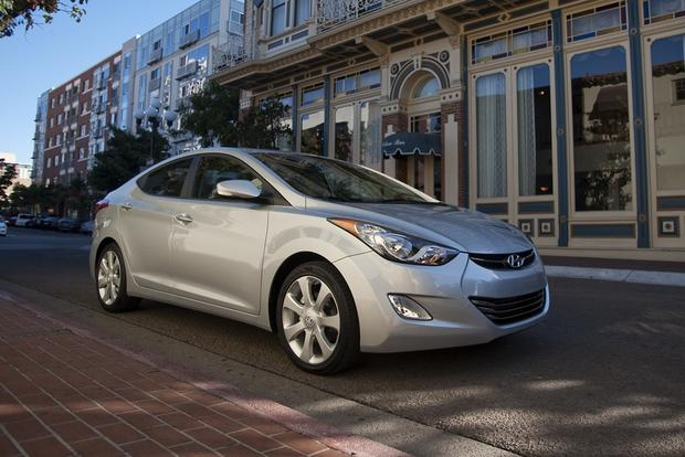 2013 Hyundai Elantra: New Car Review featured image large thumb4
