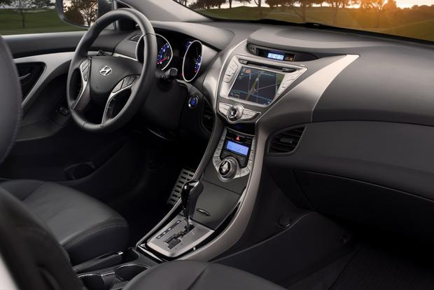 2013 Hyundai Elantra: New Car Review featured image large thumb8