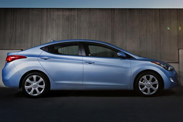 2013 vs. 2014 Hyundai Elantra: What's the Difference? featured image large thumb1