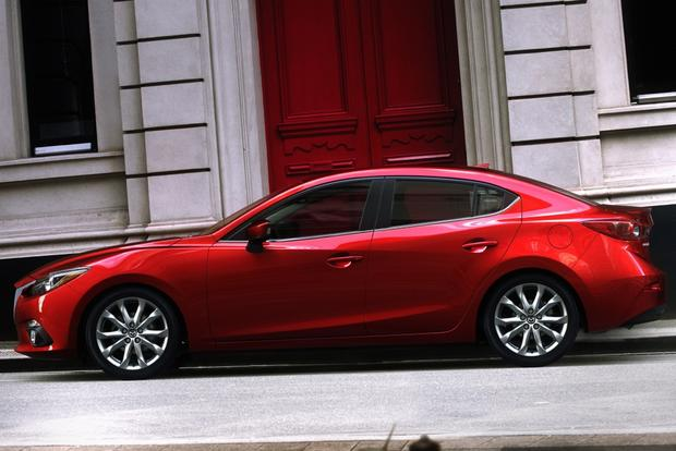 2014 Hyundai Elantra vs. 2014 Mazda3: Which Is Better? featured image large thumb4