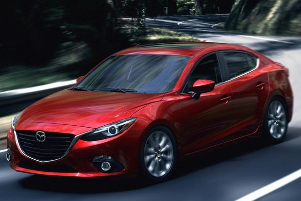 2014 Hyundai Elantra vs. 2014 Mazda3: Which Is Better? featured image large thumb6