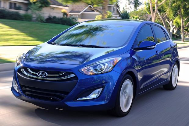 2014 Hyundai Elantra GT: New Car Review featured image large thumb2