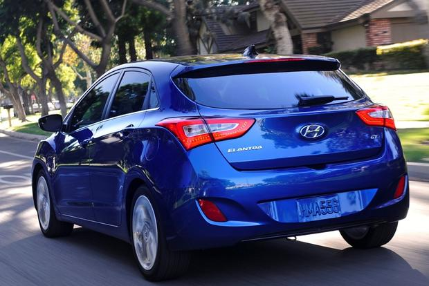 2014 Hyundai Elantra GT: New Car Review Featured Image Large Thumb3
