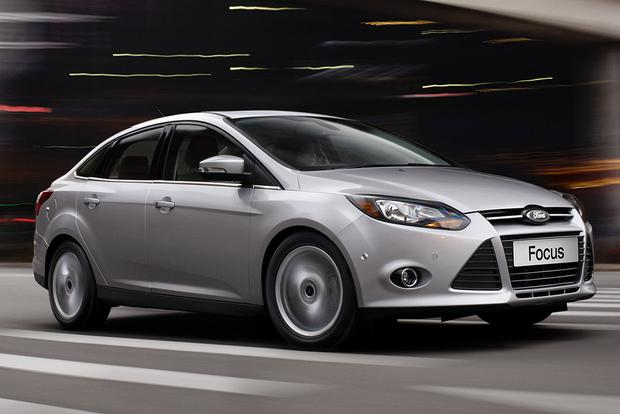 2011-2015 Hyundai Elantra vs. 2012-2015 Ford Focus: Which is Better? featured image large thumb0