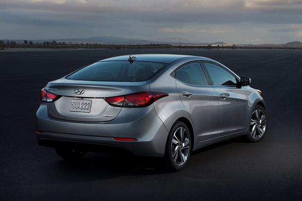 2011-2015 Hyundai Elantra vs. 2012-2015 Ford Focus: Which is Better? featured image large thumb5
