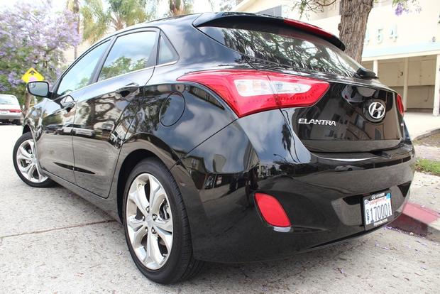 2014 Hyundai Elantra GT: Real World Review featured image large thumb3