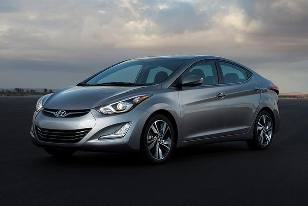 2015 Hyundai Accent Vs 2015 Hyundai Elantra What S The