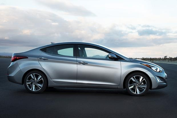 2015 Hyundai Elantra: Used Car Review featured image large thumb3