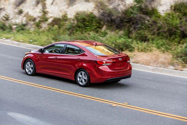 2016 Hyundai Elantra: New Car Review featured image large thumb3