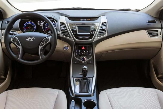 2016 Hyundai Elantra: New Car Review featured image large thumb4