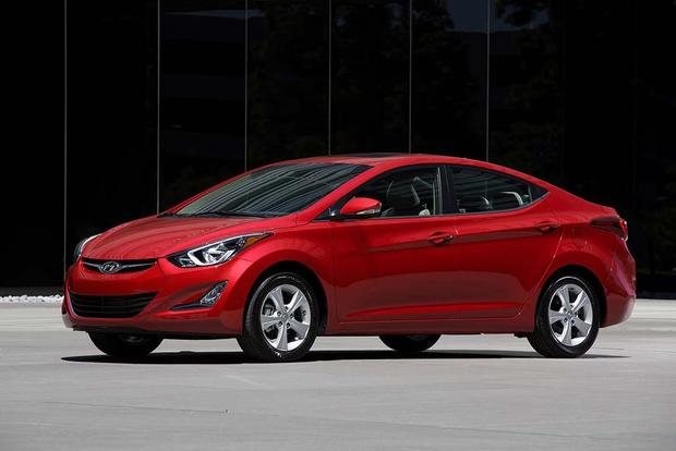 2016 vs. 2017 Hyundai Elantra: What's the Difference? featured image large thumb3