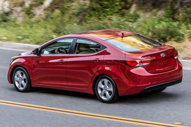 2016 Vs 2017 Hyundai Elantra Whats The Difference Autos Post