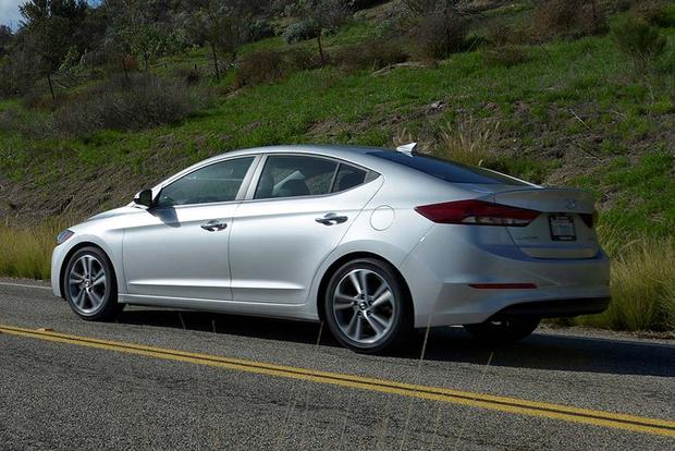 2017 Hyundai Elantra: First Drive Review featured image large thumb5