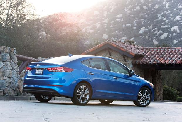 2017 Hyundai Elantra New Car Review Featured Image Large Thumb5
