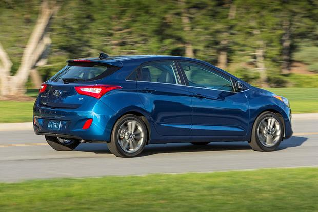 2017 Hyundai Elantra GT: New Car Review featured image large thumb4