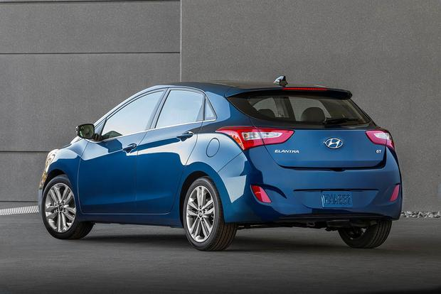 2017 Hyundai Elantra GT: New Car Review featured image large thumb5