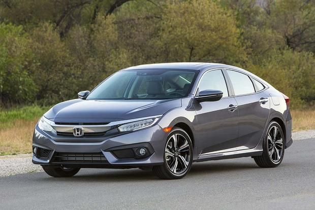 2017 Hyundai Elantra Vs 2016 Honda Civic Which Is Better Autotrader