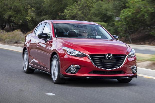 2017 Hyundai Elantra vs. 2016 Mazda3: Which Is Better?