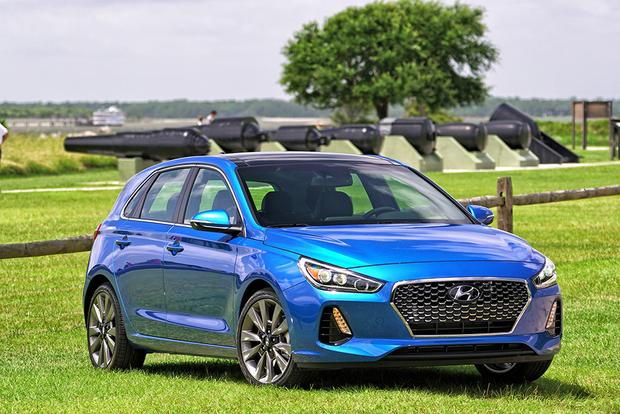 2018 Hyundai Elantra GT: First Drive Review featured image large thumb1
