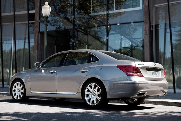 2012 Hyundai Equus: New Car Review featured image large thumb4