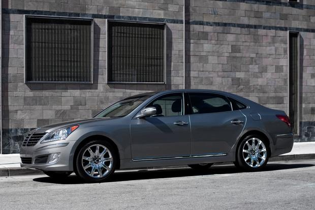 2012 Hyundai Equus - Image Gallery featured image large thumb10