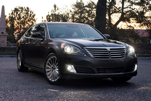 2016 Hyundai Equus: New Car Review featured image large thumb2