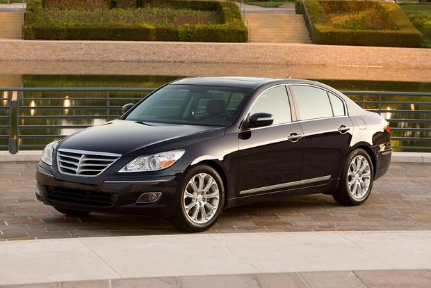 2009 Hyundai Genesis: Used Car Review featured image large thumb0