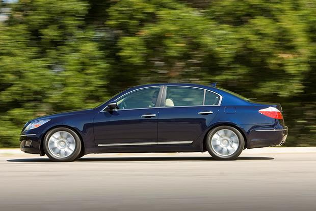 2009 Hyundai Genesis: Used Car Review featured image large thumb3