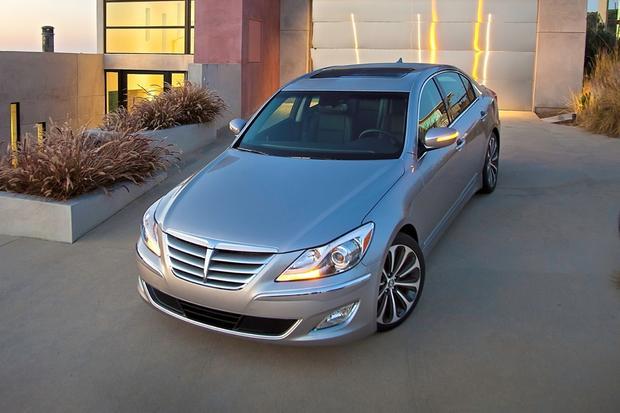 2012 Hyundai Genesis: New Car Review featured image large thumb3