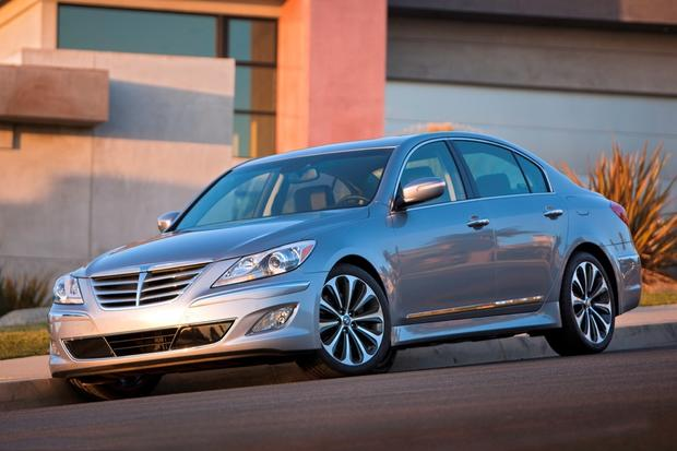 2012 Hyundai Genesis: New Car Review featured image large thumb8