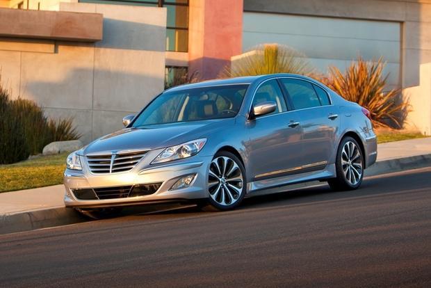 2012 Hyundai Genesis: New Car Review featured image large thumb9