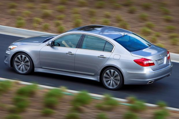 2012 hyundai genesis used car review autotrader. Black Bedroom Furniture Sets. Home Design Ideas