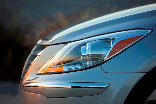 2012 Hyundai Genesis: New Car Review featured image large thumb14