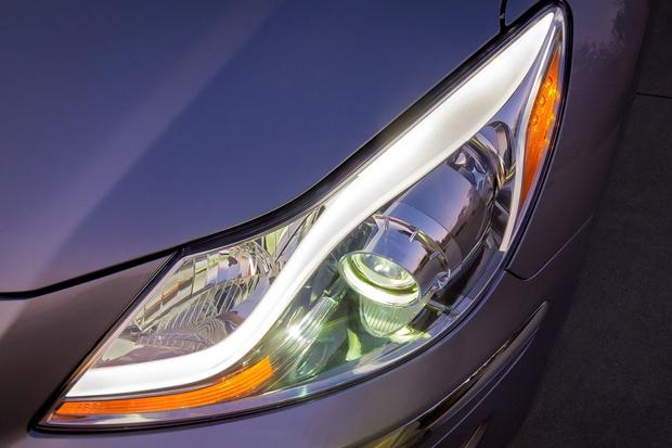 2012 Hyundai Genesis: New Car Review featured image large thumb17