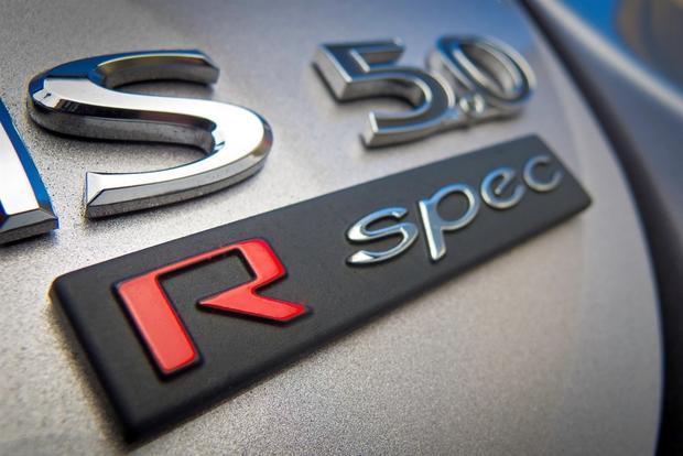 2012 Hyundai Genesis: New Car Review featured image large thumb19