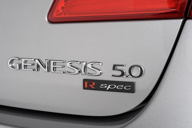 2012 Hyundai Genesis: New Car Review featured image large thumb20