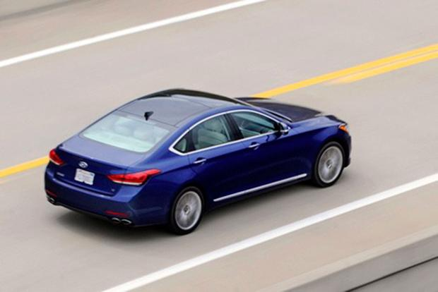 2015 Hyundai Genesis: First Drive Review featured image large thumb0
