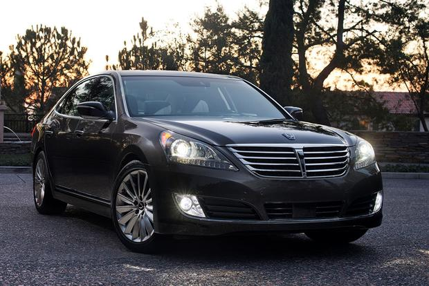 2015 hyundai equus new car review autotrader. Black Bedroom Furniture Sets. Home Design Ideas