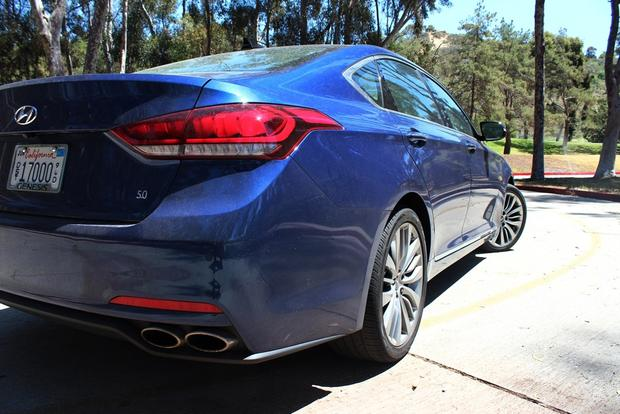2015 Hyundai Genesis 5.0: Real World Review featured image large thumb2