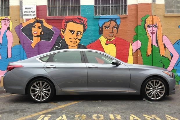 2015 Hyundai Genesis: New Car Review featured image large thumb1