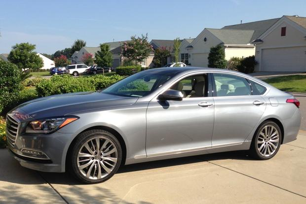 2015 Hyundai Genesis: New Car Review featured image large thumb2