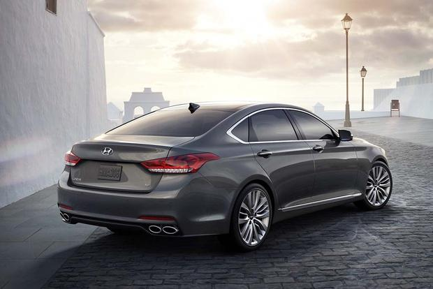 2016 hyundai genesis new car review autotrader. Black Bedroom Furniture Sets. Home Design Ideas