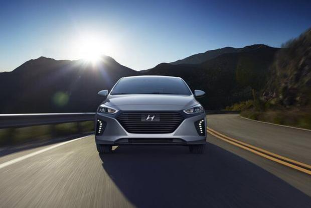 2017 Hyundai Ioniq: First Drive Review featured image large thumb4