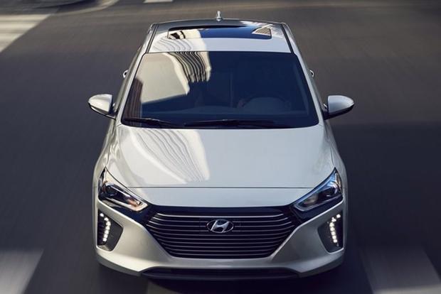 2018 Hyundai Ioniq: New Car Review featured image large thumb1