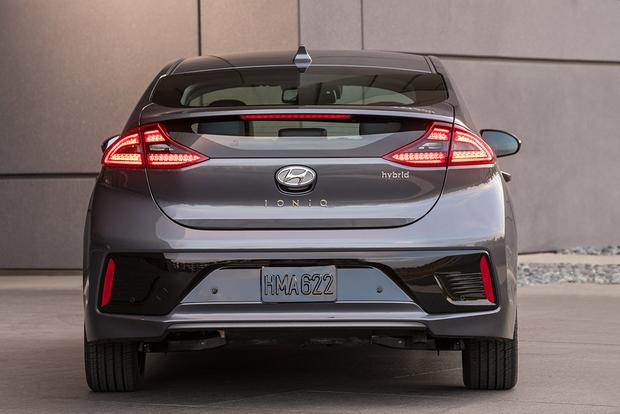 2018 Hyundai Ioniq: New Car Review featured image large thumb3
