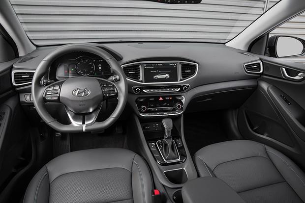 2018 Hyundai Ioniq New Car Review Featured Image Large Thumb5