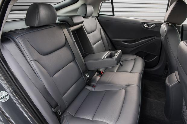 2018 Hyundai Ioniq: New Car Review featured image large thumb6