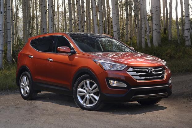 2013 Hyundai Santa Fe - Image Gallery featured image large thumb0