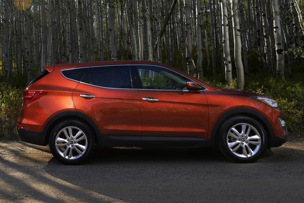 2013 Hyundai Santa Fe - Image Gallery featured image large thumb1